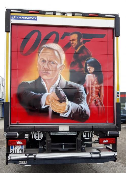007 (1)