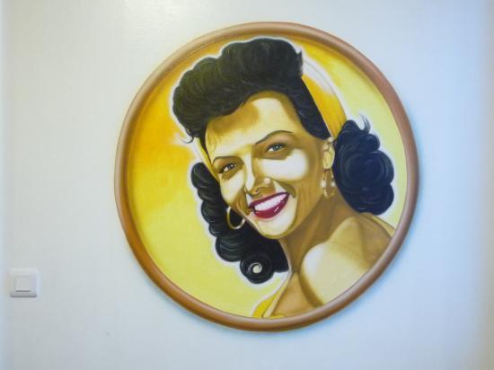 jane russell dans cuisine